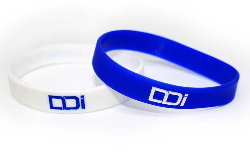 regali-solidali-braccialetto-ddi-subacquea-disabilita-2