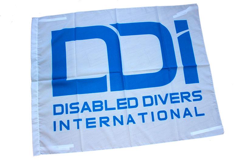 regali-solidali-ddi-subacquea-disabilita-bandiera-2
